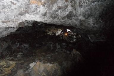 huehue-lava-tubes