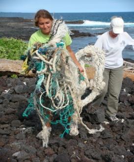 kau-shoreline-cleanup